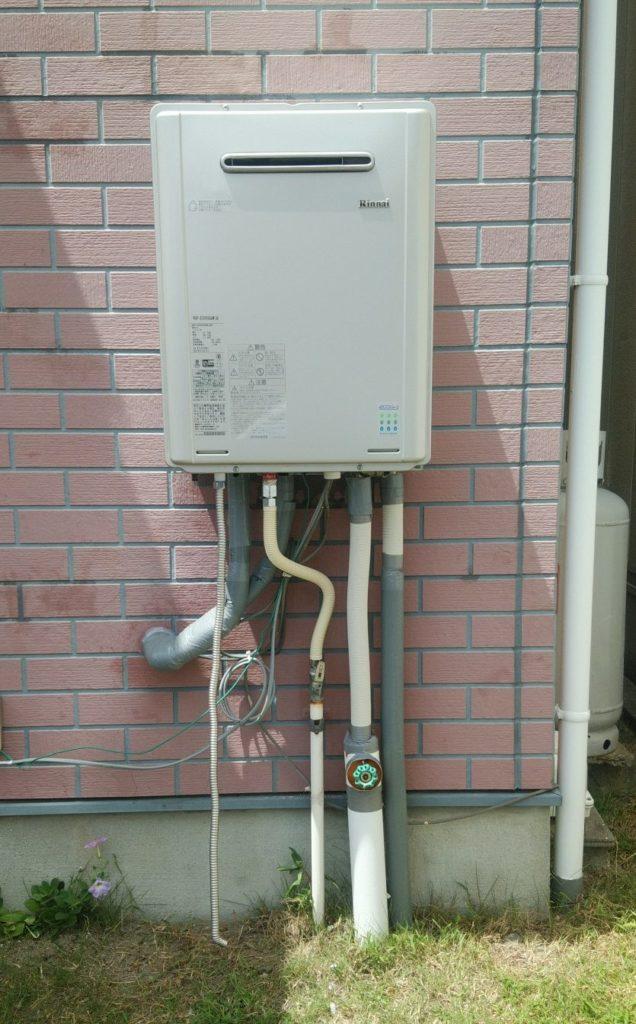 津島市 給湯器交換工事 画像