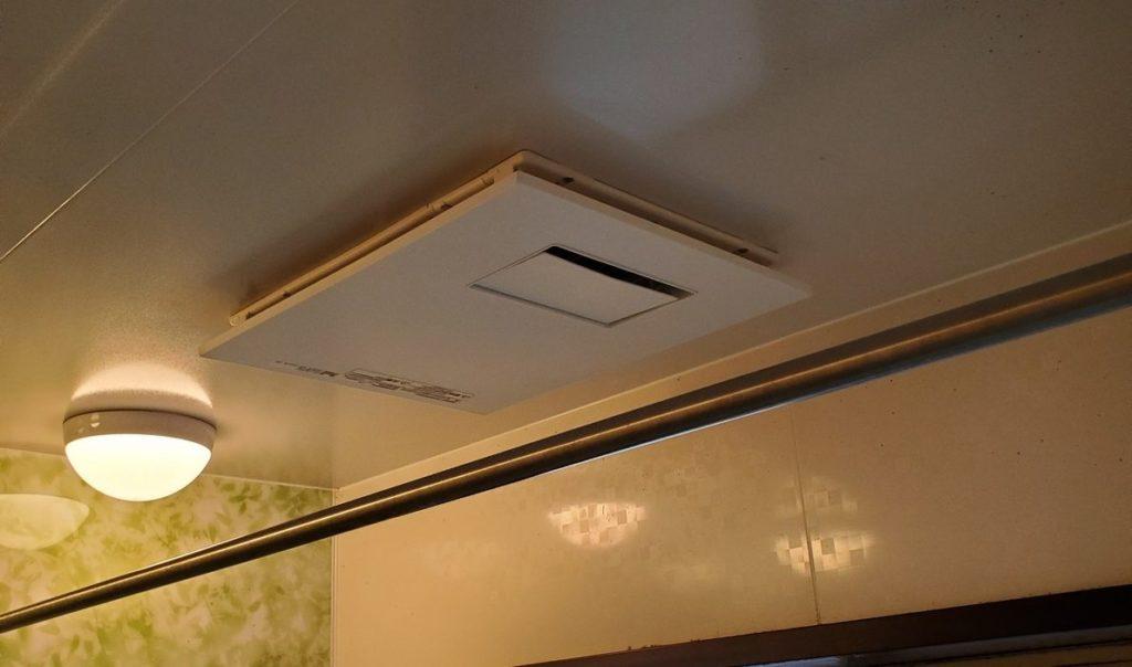 中川区 浴室暖房乾燥機交換工事 画像