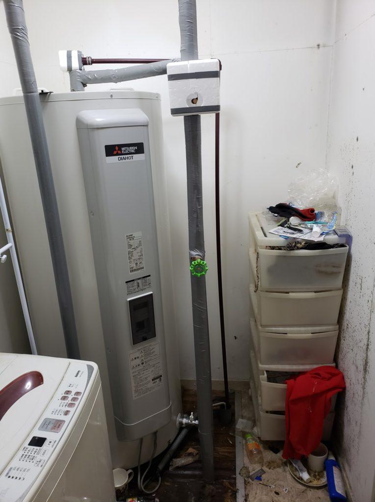 四日市市 電気温水器交換工事 画像