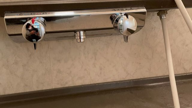 愛西市 シャワーバス水栓交換工事 画像