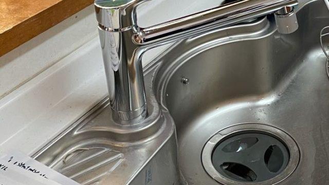 津島市 キッチン水栓交換工事 画像